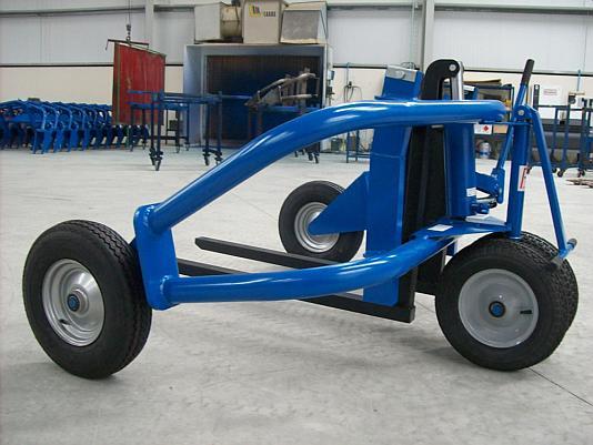 Тележка на больших колесах для перевозки поддонов по неровностям г.п до 1000кг - цена €2320